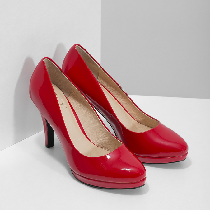 Red patent leather pumps insolia, red , 728-5104 - 26